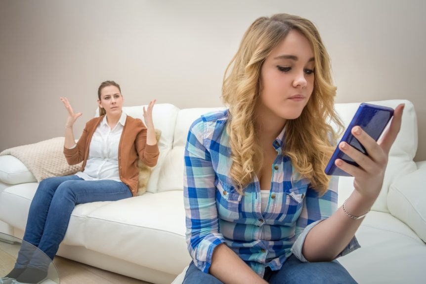 dazzling-insights-8-ways-parents-can-improve-their-relationship-with-their-teenagers