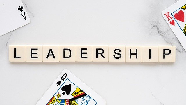 dazzling-insights-what-it-takes-to-be-an-effective-leader-in-your-home-and-society1